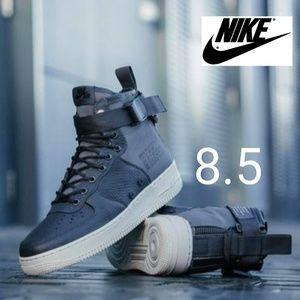 Nike SF AF1 Mid Womens 8.5